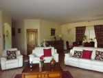 Beautiful property with landscaped park in the Tarn et Garrone