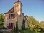 Village du Lot, atypique maison bourgeoise inscrite monuments historiques