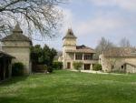 Proche Cahors, 3 habitations, piscine et grange aménagée pour réceptions