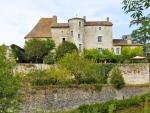 Beau château du XIVe dans le sud du Lot