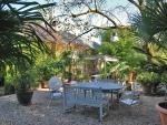 Superbe lieu de vie dans un environnement préservé de 30 hectares.
