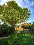 Village de gîtes au coeur de la garrigue provençale