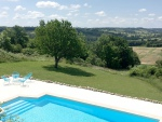 Beautiful old stone property in the Quercy Blanc with stunning views