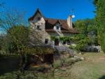 Hameau à restaurer dans un lieu remarquable, chemin de Saint-Jacques