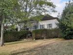 Joli ensemble immobilier dans le Quercy Blanc près d'un village atypique