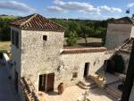 Magnifique propriété Querçynoise restaurée avec gîtes à 30 mn de Cahors