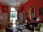 Belle maison bourgeoise du XIX avec ses dépendances proche des commerces