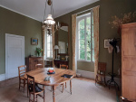 Beautiful 19th century bourgeois house with its outbuildings close to the