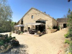 Beautiful property with two gîtes and chambres d'hôtes in the Lot