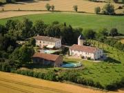 Domaine en activité avec chiffre d'affaires secteur Lavaur, 45 min Toulouse