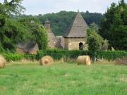 Manoir du XVIIIème en pierre et toit en Lauzes