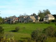 Hameau de caractère de 3 maisons et 3  dépendances, gorges de l'Aveyron.