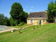 Maisons en pierre � Lascaux sur 6,5 ha