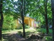 Villa contemporaine de plain-pied en campagne, proche commerces, 3 chambres