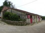 Lot, propriété équestre, 2 maisons sur 12 Ha sans nuisances.