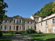Beautiful Château dating from 1736 with outbuildings on 9.88 hectares