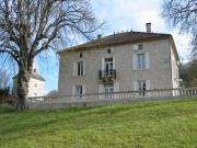 Maison de maître du XIXème siècle avec dépendances et vue dominante.