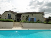 Nice stone property with panoramic views in Lot-et-Garonne