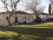 Charming stone porperty with 2 houses on landscaped park, in Quercy blanc.