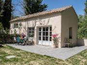 Maison et gîte en provence, piscine et oliviers.