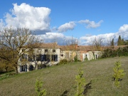 Maison de maître, gîtes et dépendances sur 5 hectares