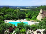 In the heart of the touristic Perigord , hamlet of 5 gites, pool, tennis