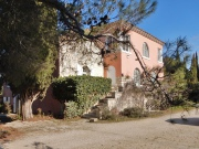 Beautiful property in Provence with two houses, pool and 1.3ha park.