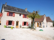 In a hamlet combination of 4 houses and 2 barns , ideal for a gite business