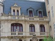 Hôtel particulier entièrement rénové en centre-ville,cour, terrasse, Unique