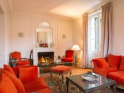 Proche Perigueux, chateau XIXème très confortable avec maison de gardien.