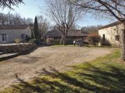 Hameau restauré 2 maisons en pierre, grange, four à pain, piscine...