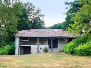 Beautiful old farm property in the Quercy Blanc, South of France