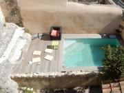 Maison de Village lumineuse avec petite maison attenante et piscine