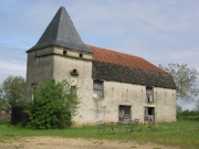 Barn and dovecote to be converted, large building land, Lot