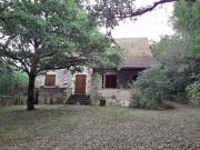 Stone house for sale, wooded park, quiet, village all trade