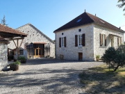 Charming country house with its outbuildings in the Quercy Blanc area