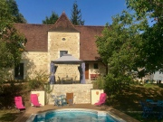 Dordogne, Perigord style house with swimming pool and adjoining guest house