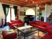 Dordogne, maison type périgourdine avec piscine et maison d'amis attenante