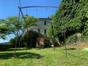 Cahors, maison divisée en 3 T2 avec 2 jardins à moins de 10 min du centre