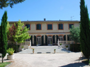 5 mn from MONTAUBAN town center, character house for sale