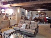 A vendre, 3 habitations, chambres d'amis, piscine, grand terrain