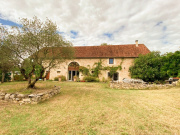 For sale, Lot, old barn converted into a guest house near CAHORS