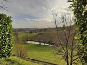Beau manoir du XVè avec ses dépendances et son étang dans le Quercy Blanc