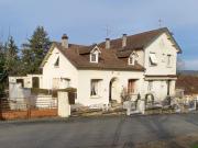 En Bouriane, maison de ville dans quartier résidentiel
