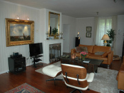 Beautiful 18th century neoclassical town house