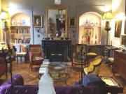Cahors hyper centre, appartement T4 de prestige, proche place du marché