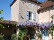 Proche Cahors, ravissante quercynoise restaurée avec dépendances et 4000 m²