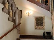 Vaste maison de village avec cour intérieure, caves, terrasses