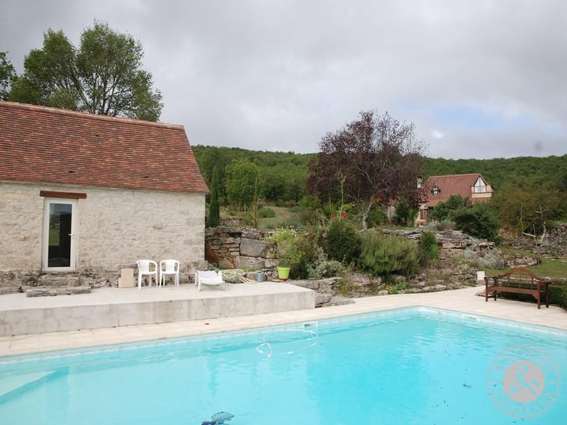 Ensemble immobilier caussenard avec piscine puits granges sur 27ha - Piscine guilherand grange ...