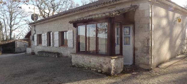 Maison de campagne en pierre et Gite à vendre dans le Tarn et Garonne
